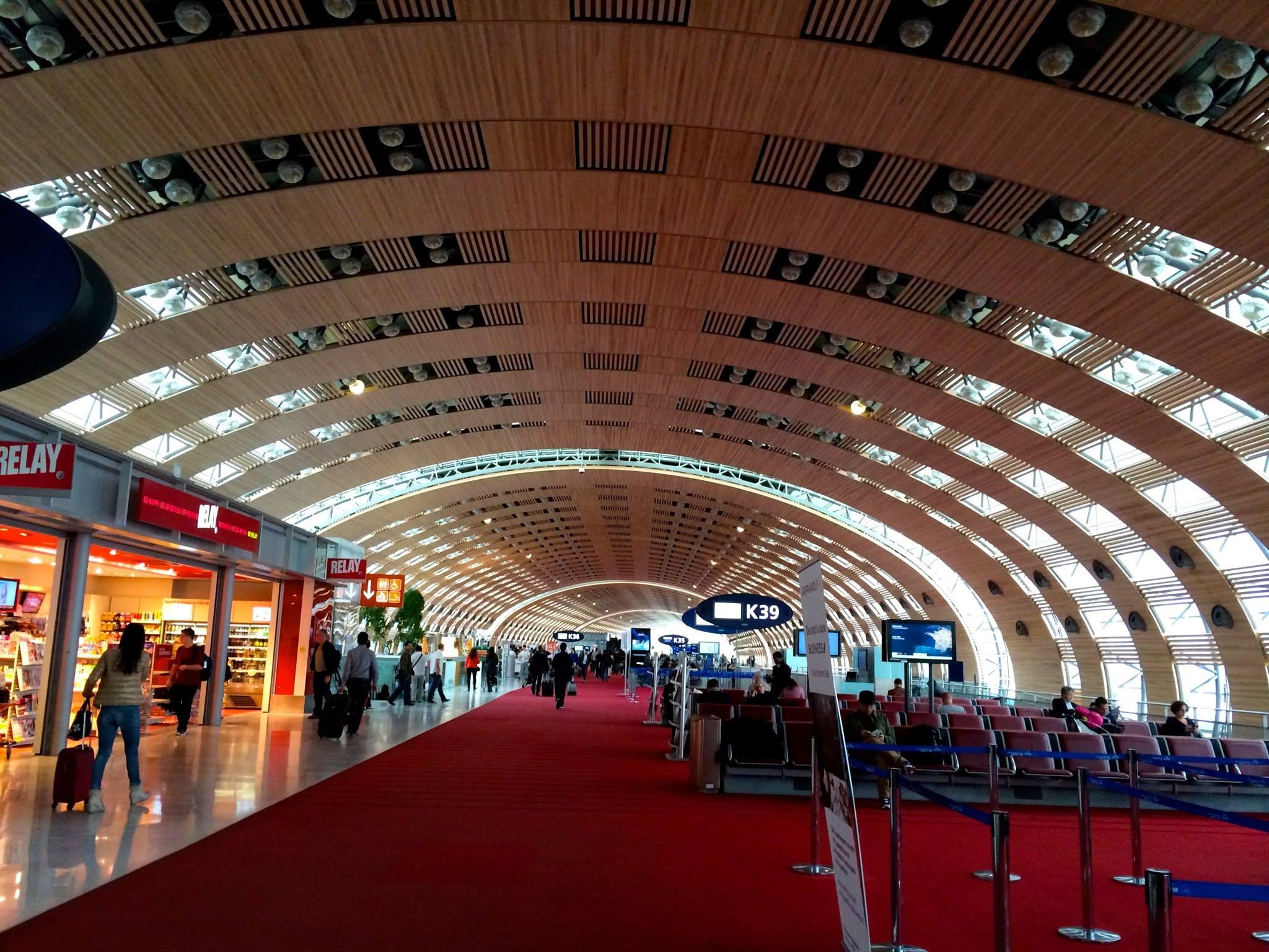 Paris Airport - Charles de Gaulle